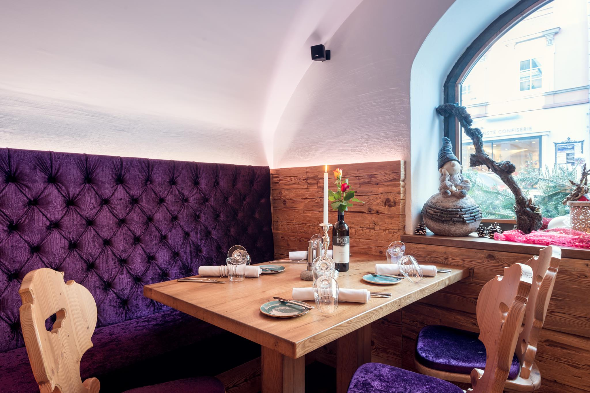Weinstube Restaurant Hotel Stoecklwirt